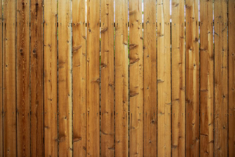 What Fence Should I Get? Pros and Cons of Different Fencing Materials