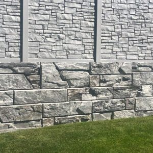 ledgestone concrete fence