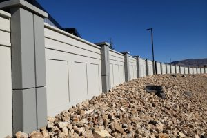 paprazzi concrete fence