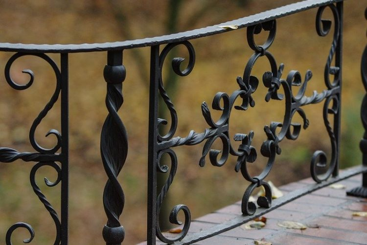 Ornamental Iron Fence – Pros and Cons